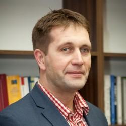 Dr Tomasz Sieniow